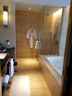 the-westin-bathroom