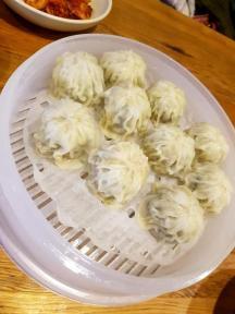 myeongdong-kyoja-dumplings